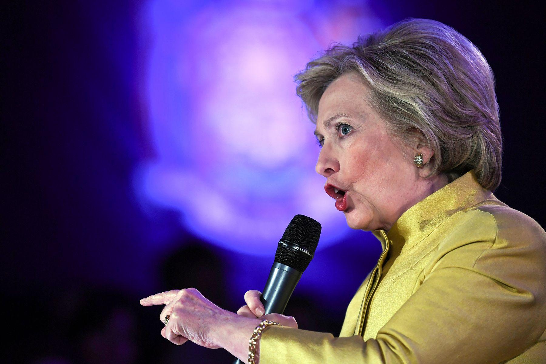 Hillary R. CLINTON (RHC)