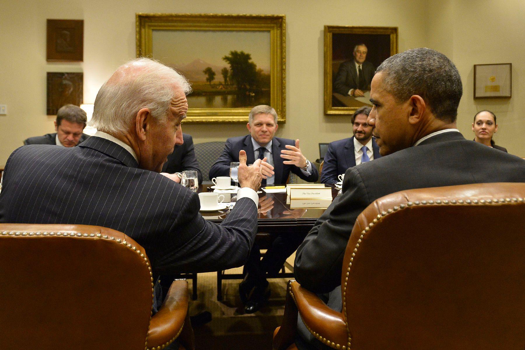 President Barack Obama and Vice President Joe Biden meet Prime Minister of Slovakia Robert Fico in White House.