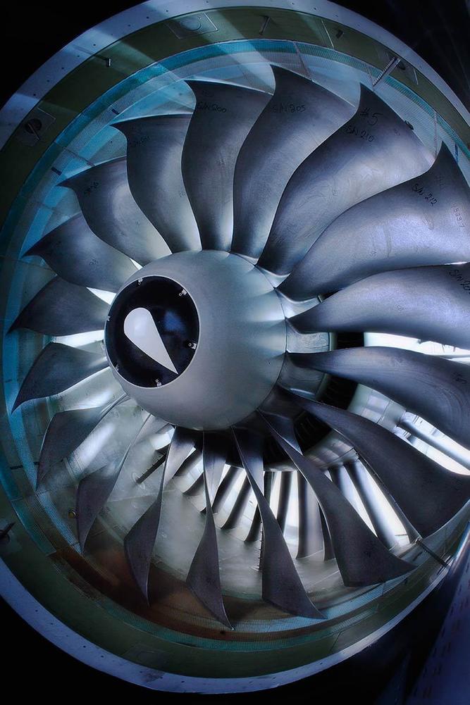 1pratt_whitney_engine