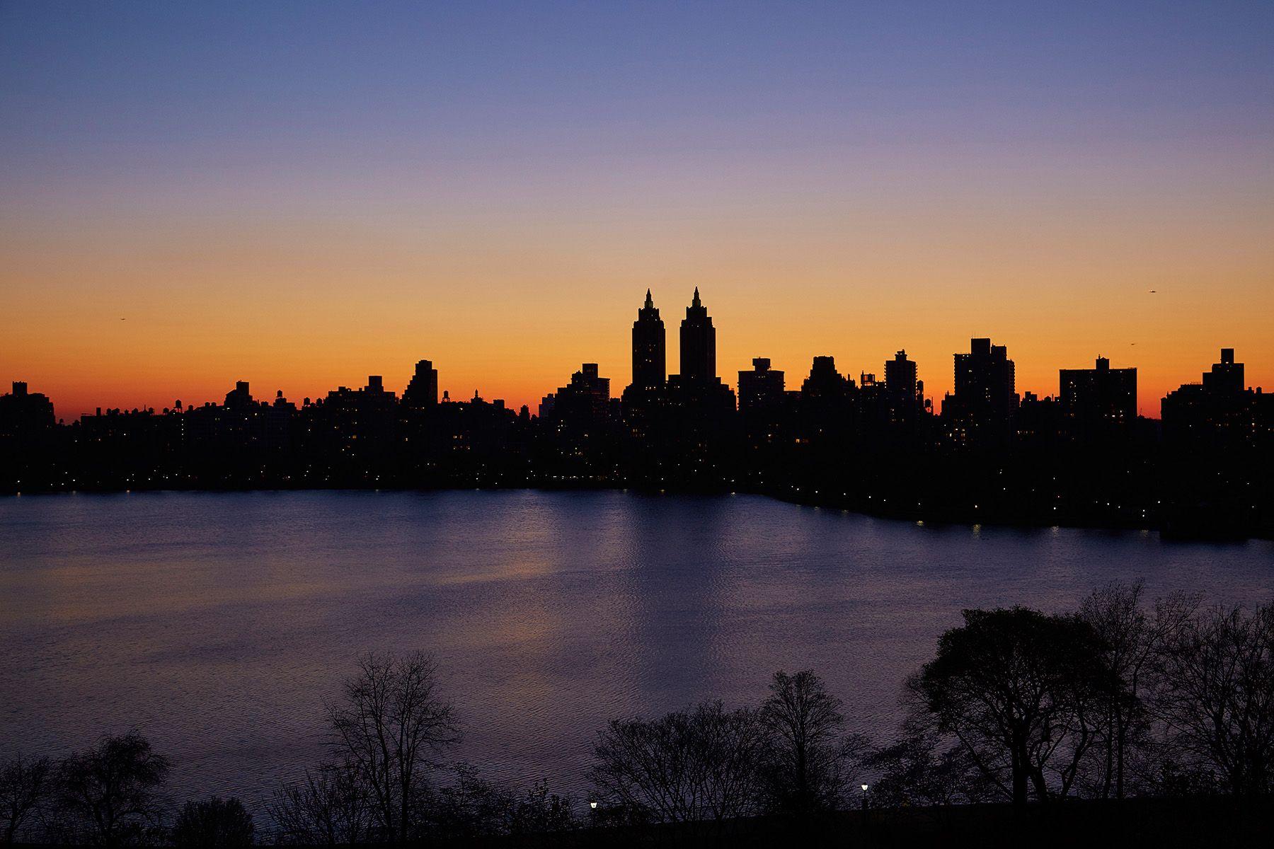 1133 Fifth Avenue_14_nightvw_7017.jpg