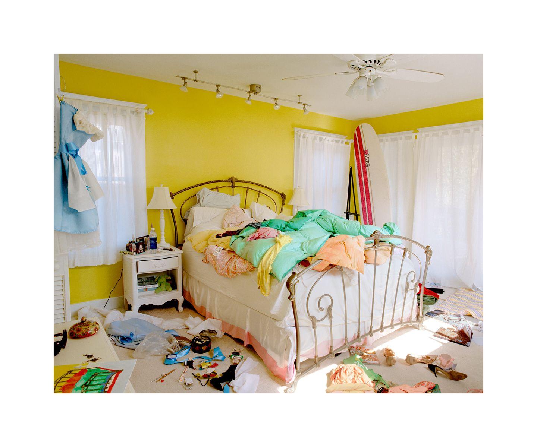 1yellowroom1800.jpg