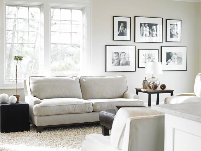 070511173856_1living_room_white_furniture_couches_linen_decorating_yvonne_ferris__nancy_e_hill_nancy_hill.jpg