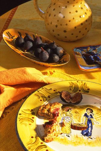 1food_figs_table_detail_lunch_.jpg