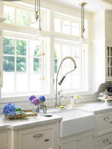 1eliza_g___white_kitchen_015665w_copy_2.jpg