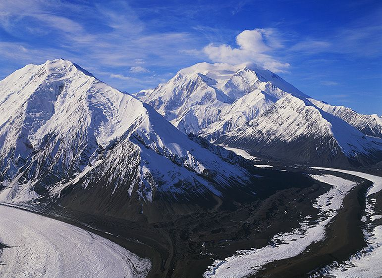 MOUNT BROOKS WITH DENALI BEHIND, 2009