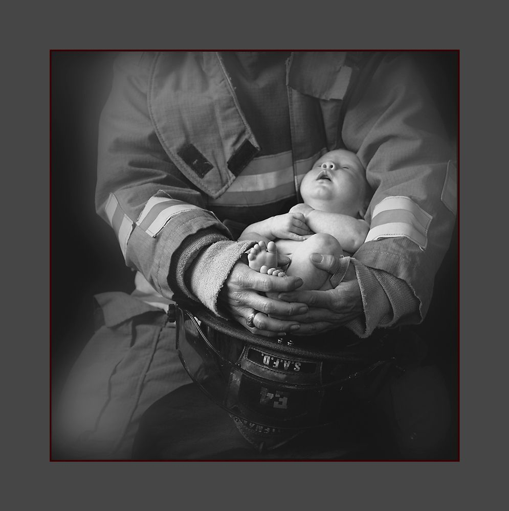 1firefighter_and_baby_r