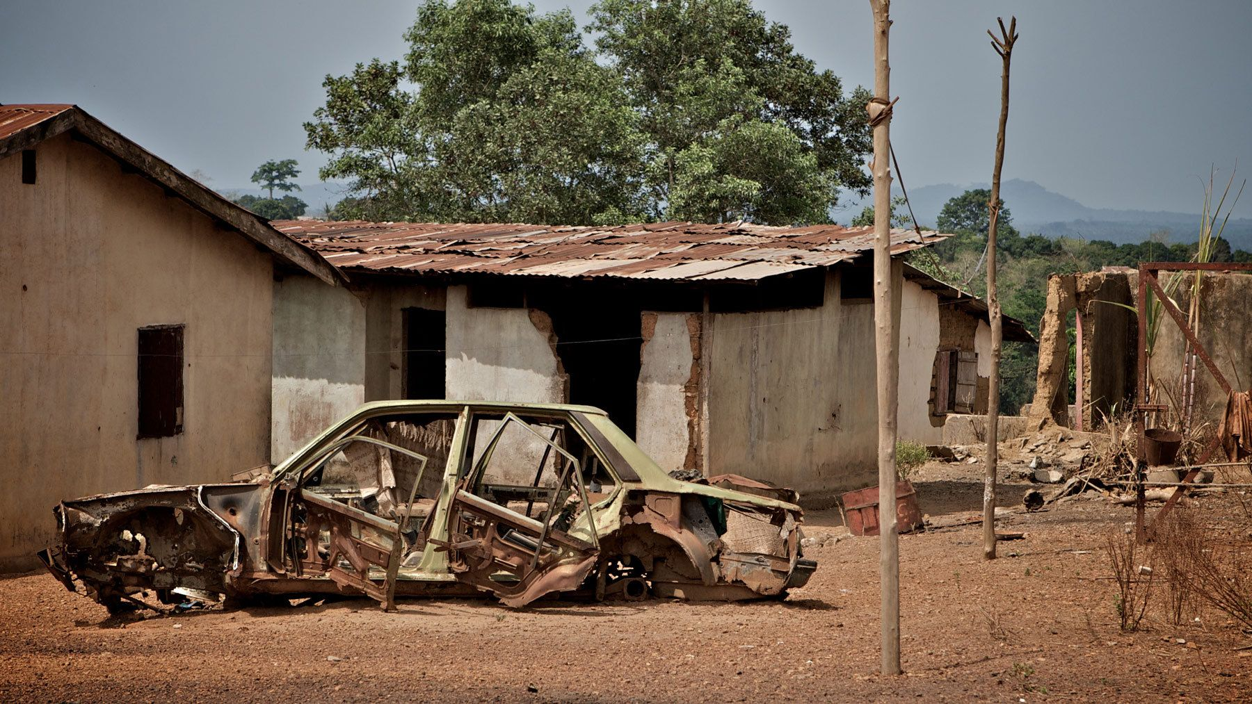 1burned_out_car_sierra_leone.jpg