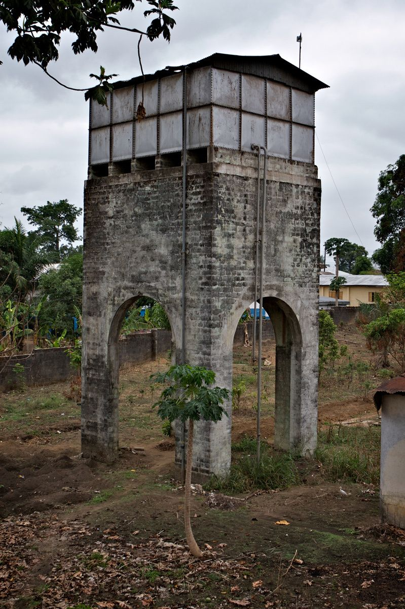 1water_tower_bo_school__bo__sierra_leone.jpg