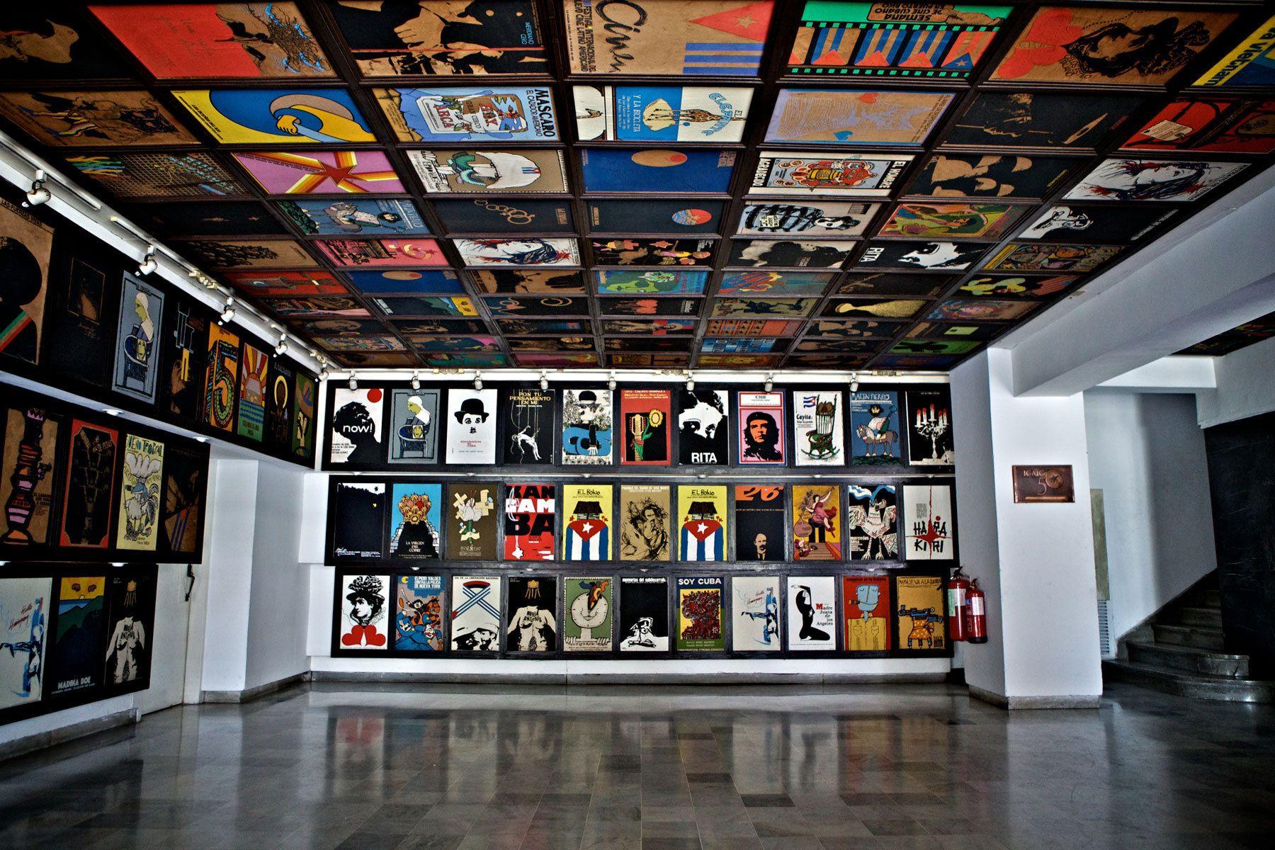 1cine_chaplin_cuba_movie_posters_havana_cuba.jpg