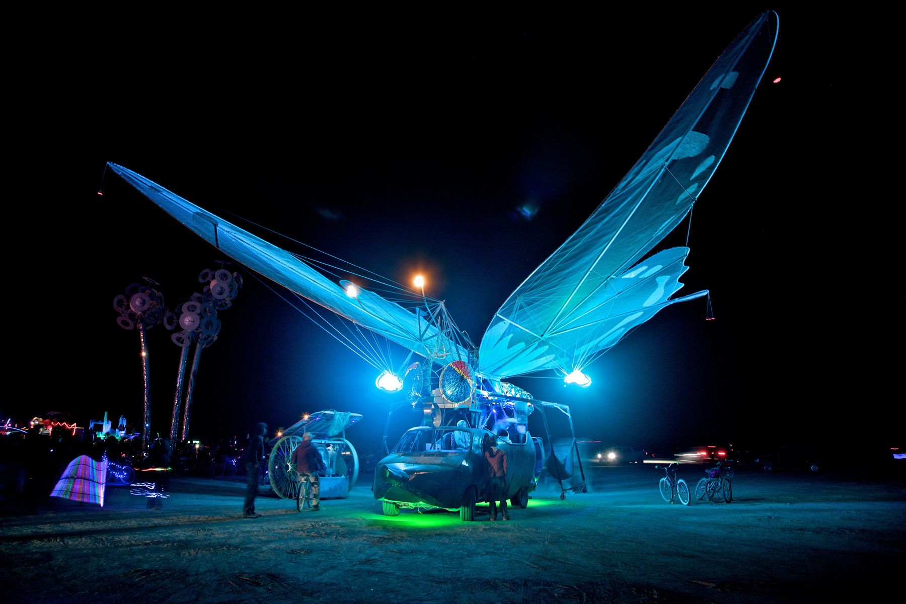 1butterfly_art_car__burning_man.jpg