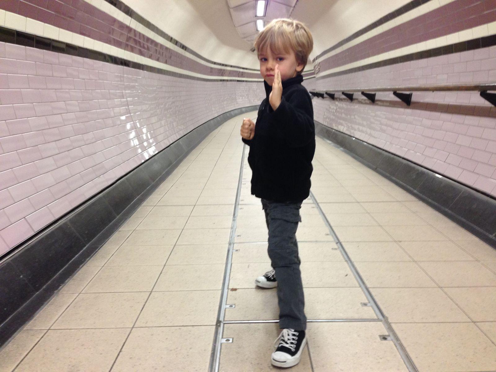 1huw_underground