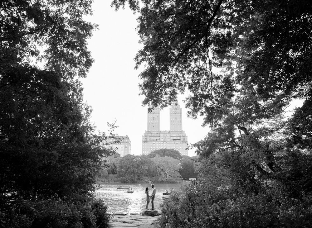 couple portrait in central park in NYC