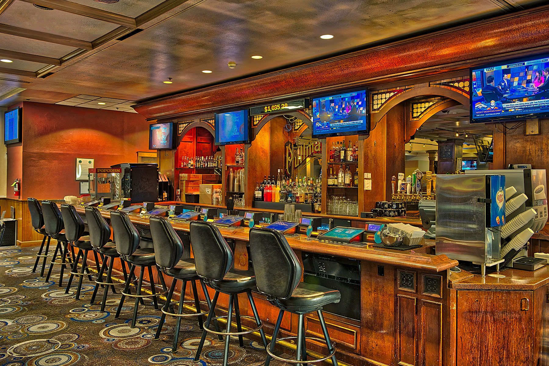 1blackhawk_casino_bar_2