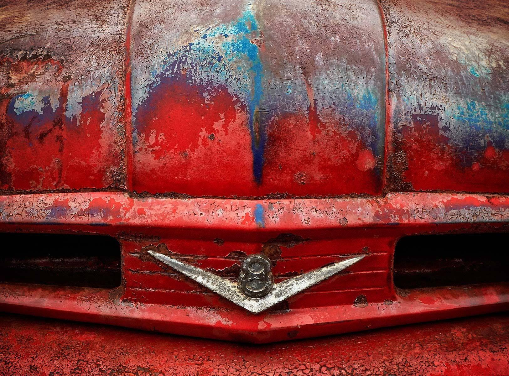 Old Truck V8 Emblem
