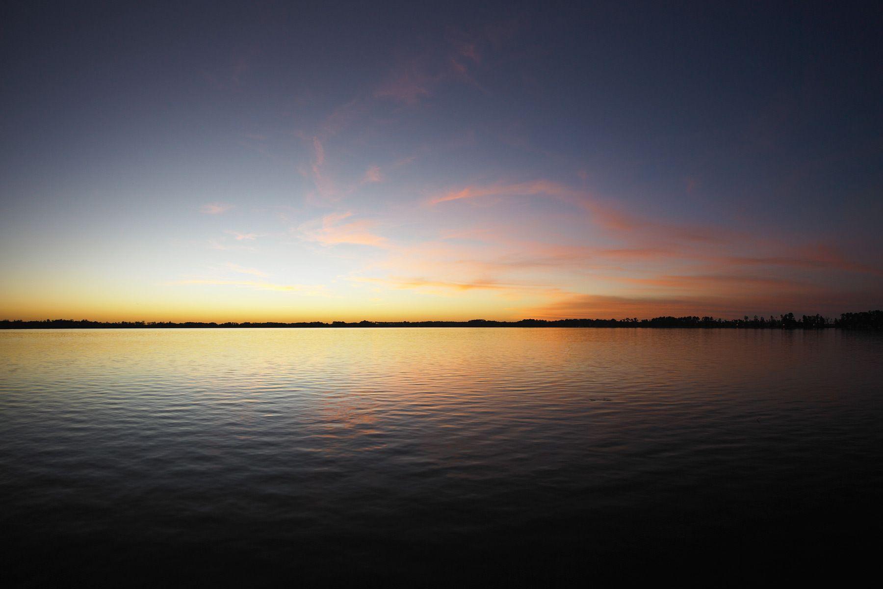 1lake_sheen_twilight