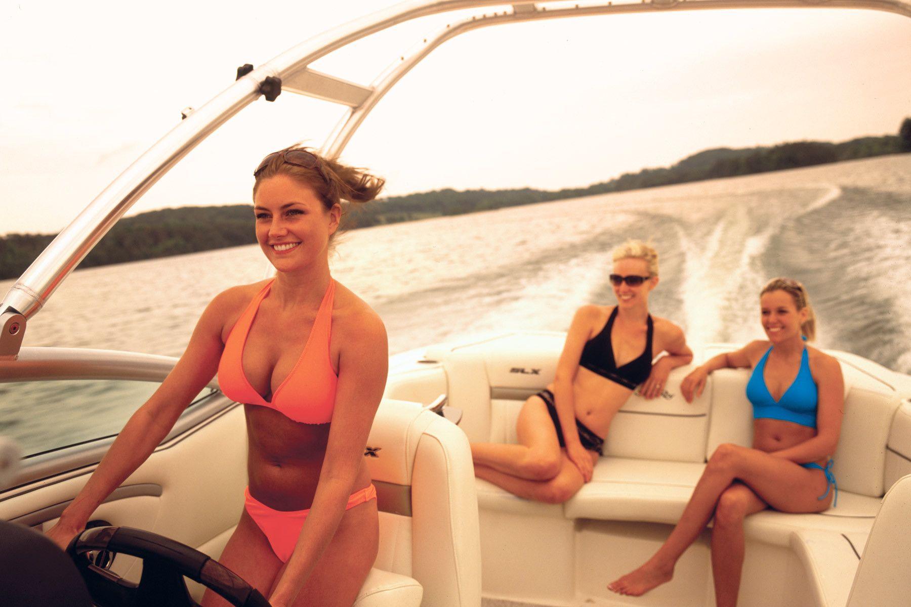 Client: SeaRay Boats