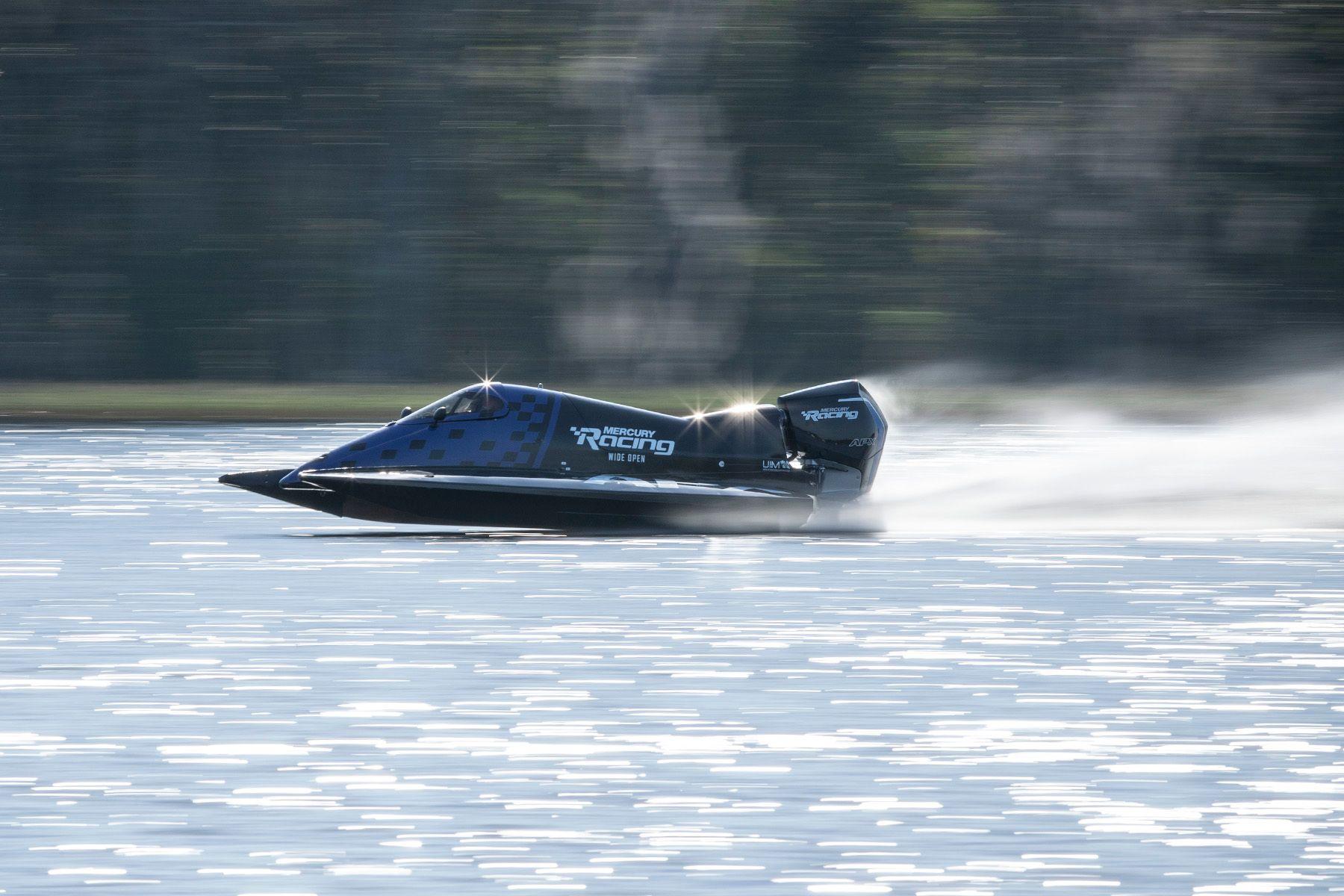 Mercury Racing 200APX Tunnel Boat.jpg