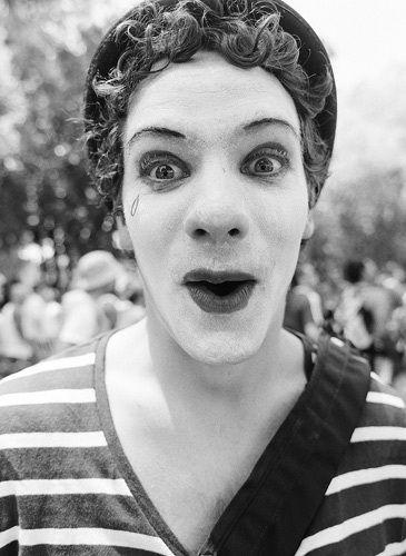 1Bay2Break_Clown_Documentary_Cosel