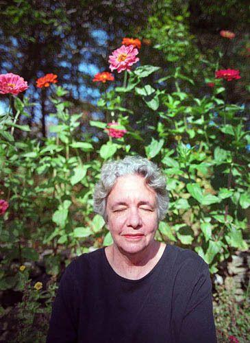1Women_Sue01_Portrait_Cosel