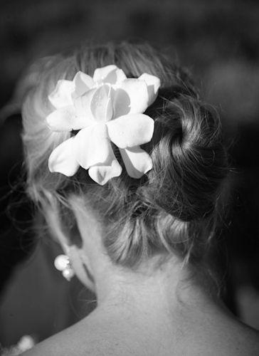 1Wedding_Hairflower01_Love_Cosel