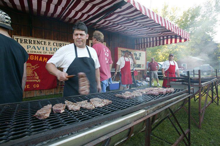 1Tyringham_SteakRoast01_Street_Cosel