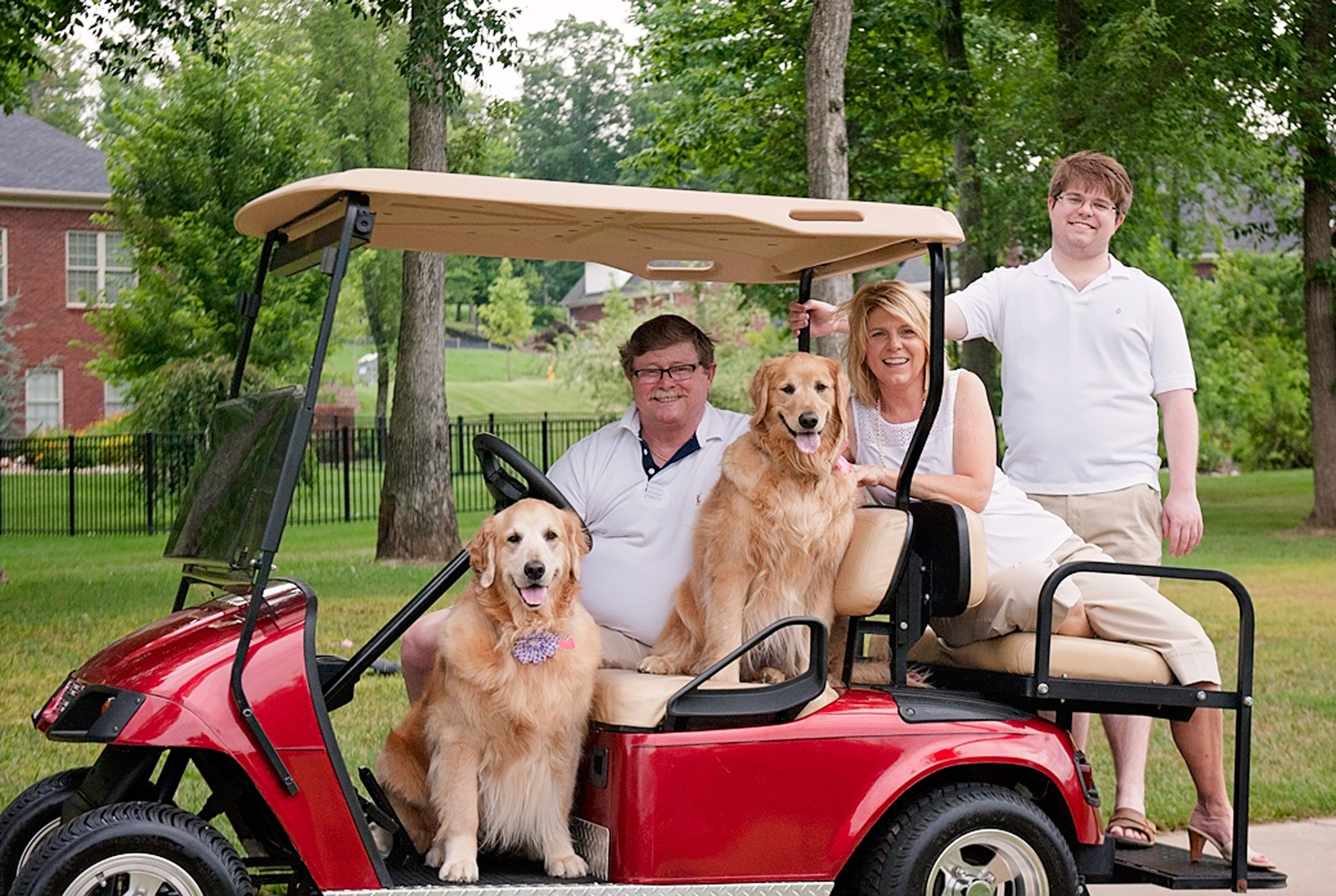 Family-portrait-with-dogs-golf.jpg