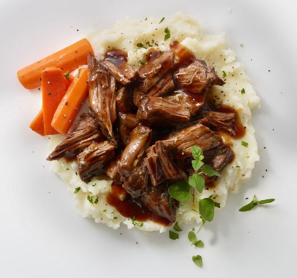 boneless_chuck_roast_mashed_potatoes_carrots.jpg