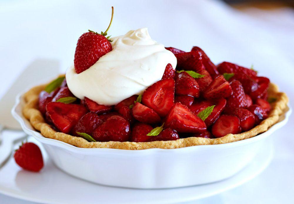 strawberry-pie-whipped-cream-food-stylist-san-francisco.jpg
