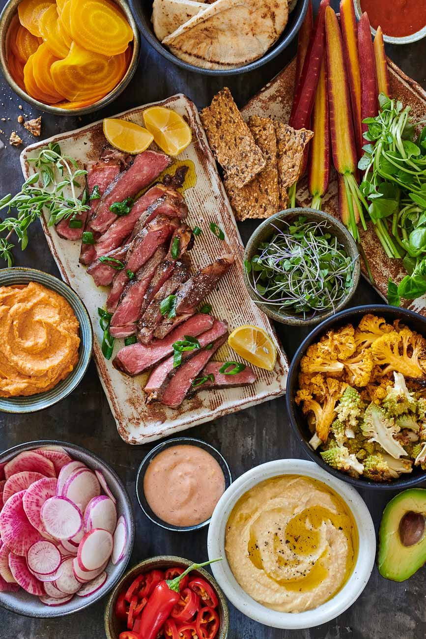 Cinnamon spiced steak mezza platter
