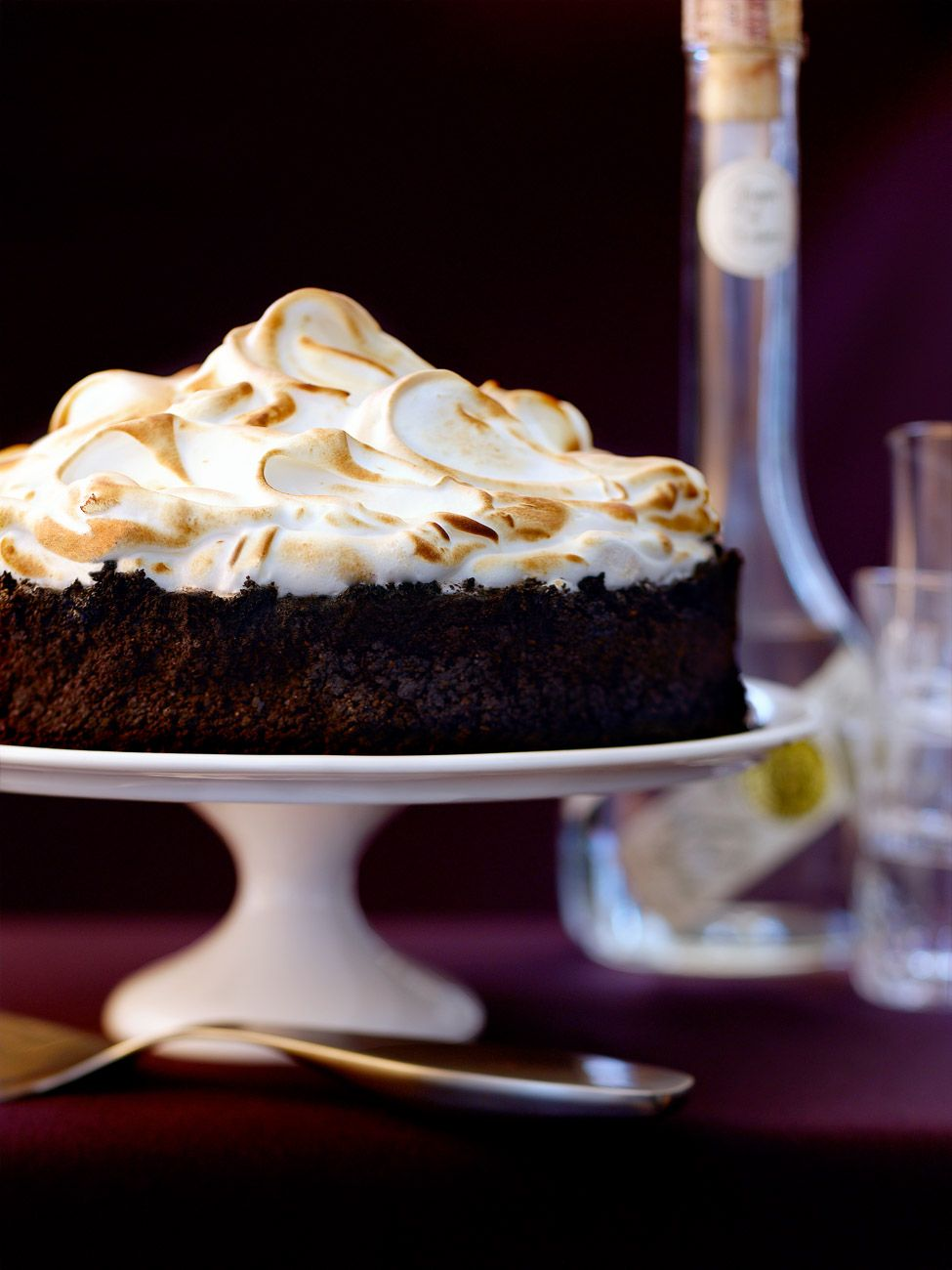 chocolate_meringue_cake_02.jpg