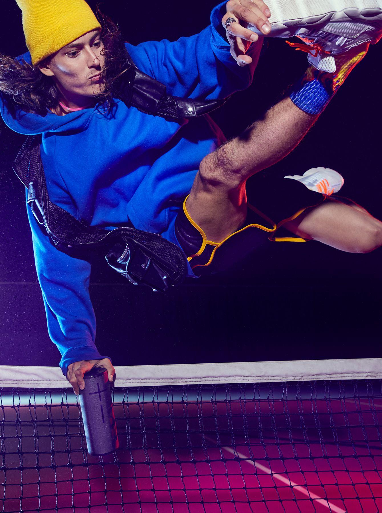 UE_Megaboom_Jump_0069_Website.jpg