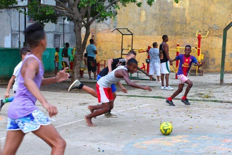 1cuba_havana_boys_soccer_doria_anselmo___1