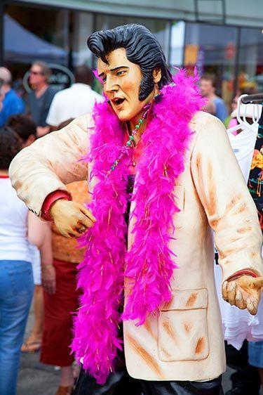 Dancing Elvis