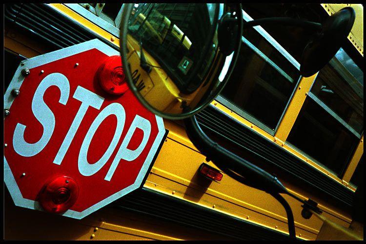1school_bus_stop_sign.jpg