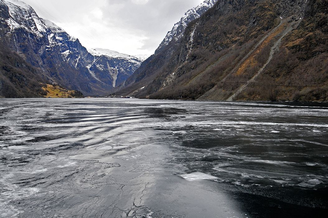 Web-Norway-Fiord-Cruise--10.jpg