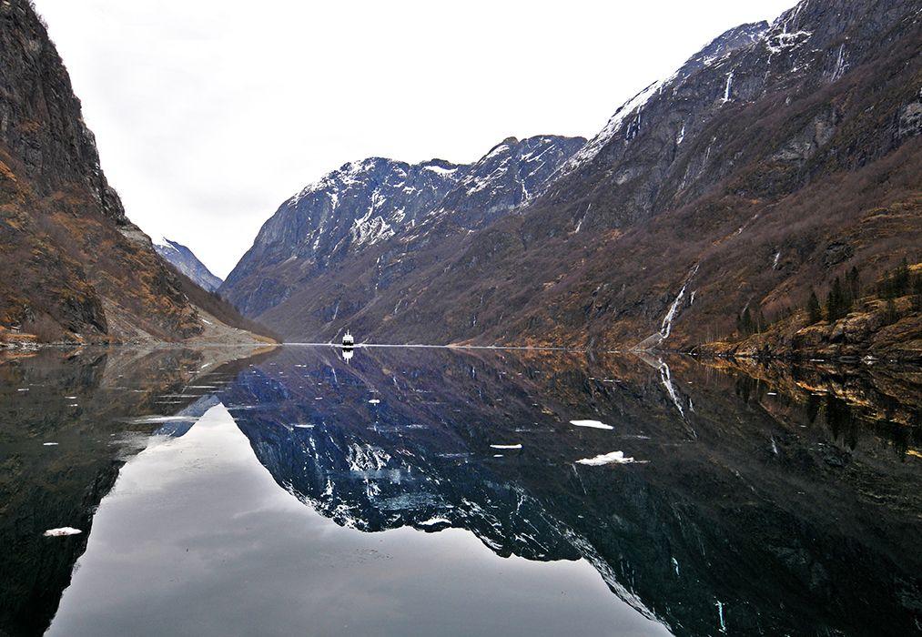 webNorway-Fiord-Cruise-1.jpg