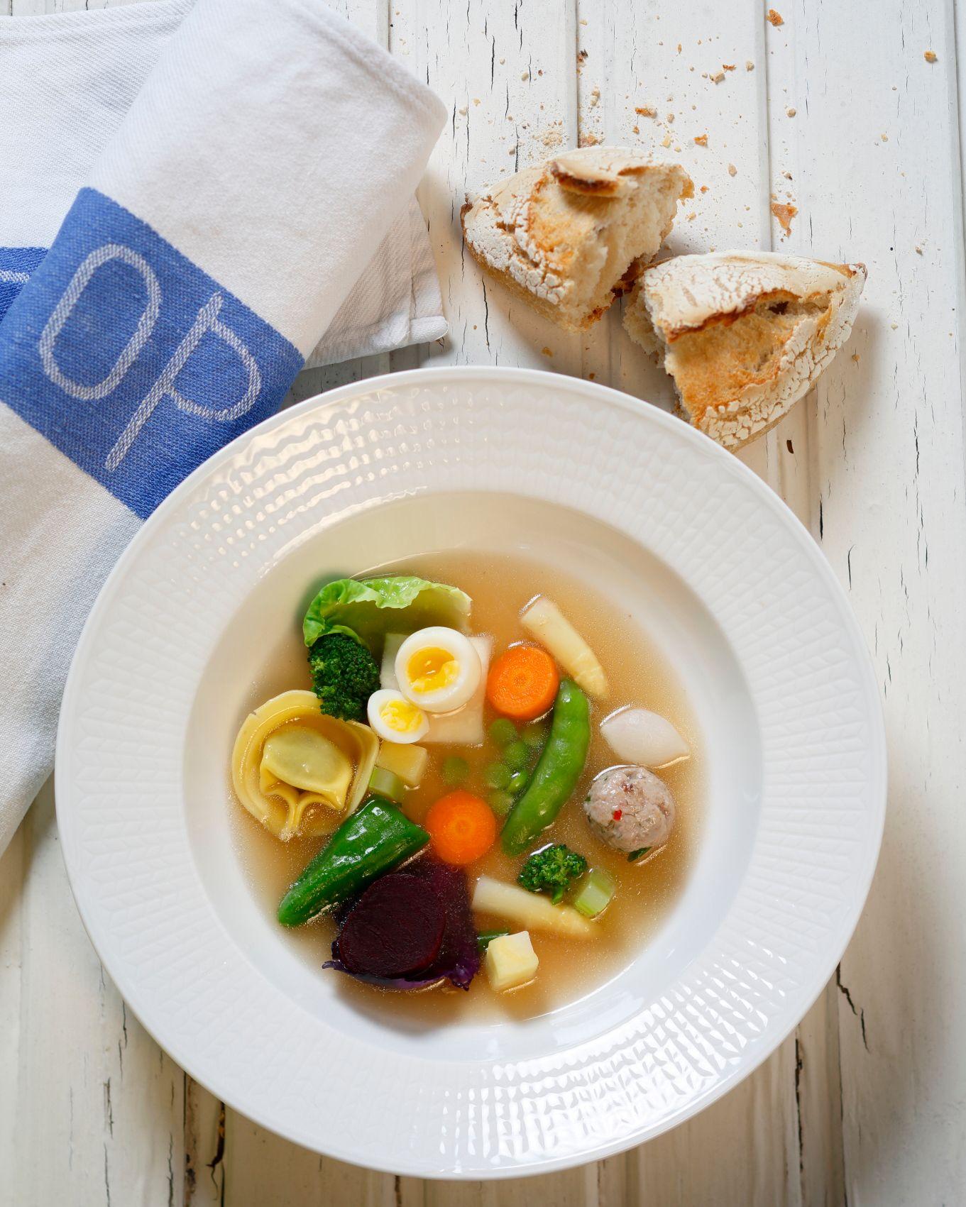 Hönsbuljong med grönsaker IMG_0007.JPG