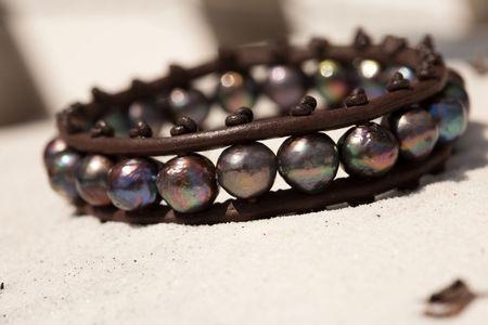 Fresh water & Tahitian pearls