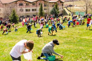 Zermatt_Spring_Extravaganza_2018_Midway_Utah_Easter_Egg_Hunt_Hundreds_of_Eggs.jpg
