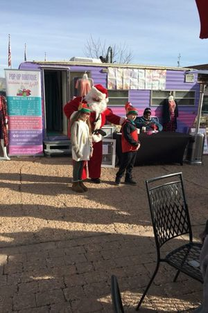 Zermatt_Swiss_Christmas_2017_Midway_Utah_Santa_At_Food_Trucks.jpg