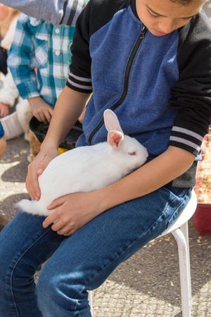 Zermatt_Spring_Extravaganza_2018_Midway_Utah_Happy_Rabbit_With_Young_Boy.jpg