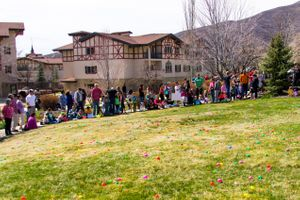 Zermatt_Spring_Extravaganza_2018_Midway_Utah_Easter_Egg_Hunt_All_Lined_Up.jpg