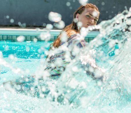 Toan Laura swimming pool shoot 3 splashing cropped copy.JPG