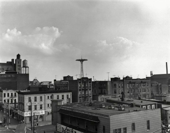 Coney Island, 1971