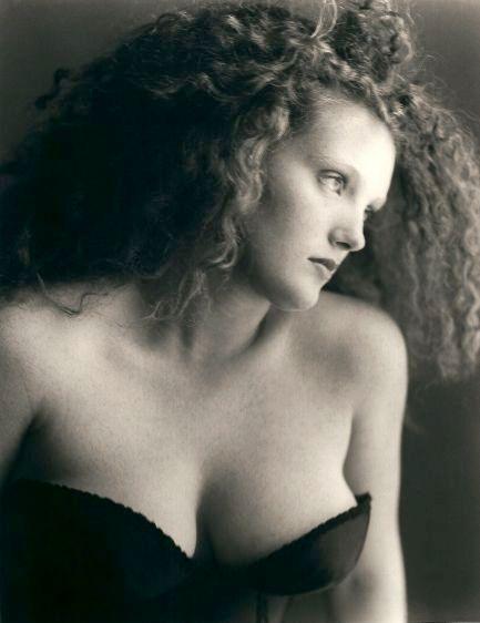 Emma, 1993