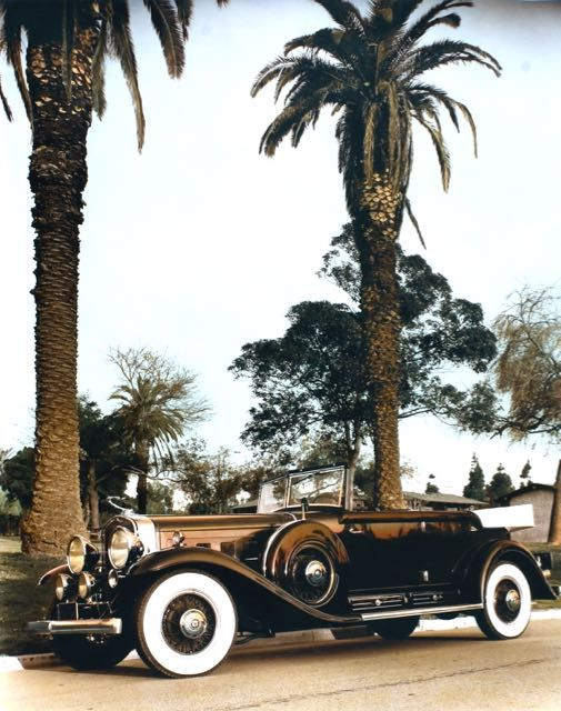 1930 Cadillac, Long Beach, CA, 1985.jpg