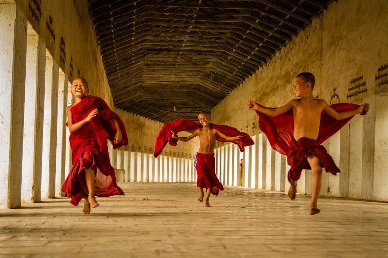 Fllying Monks.jpg
