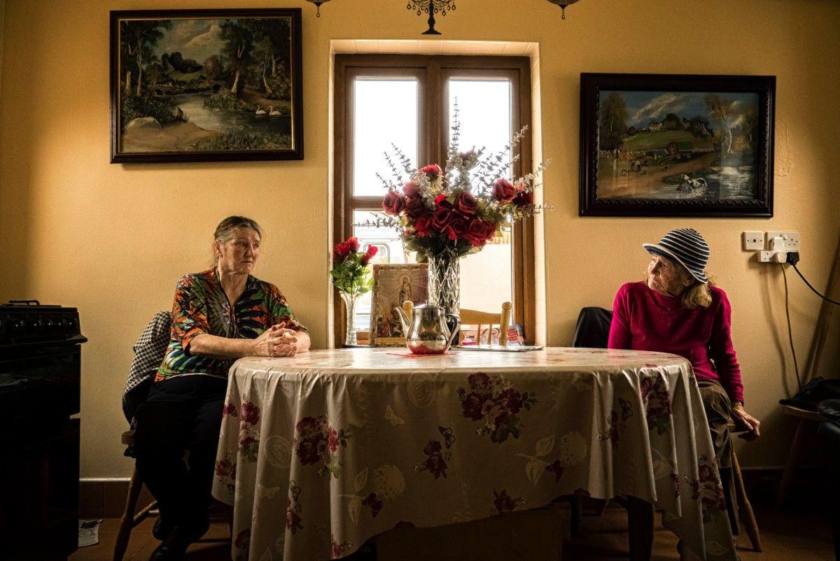 1-Helen & Anne.jpg