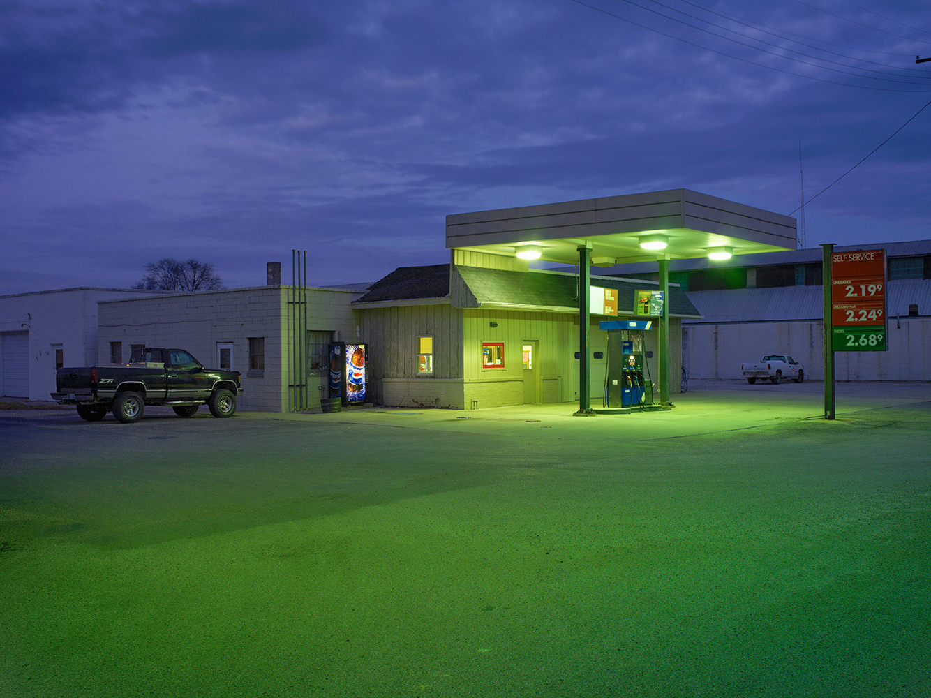 Single Pump Generic Gas Station, Allerton, IL 2006