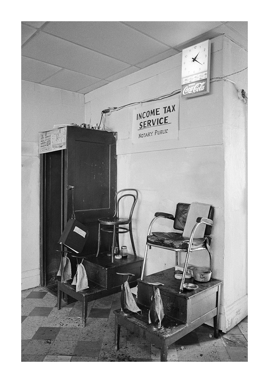 Shoe Shine Stand, Supreme Barbershop, 3807 W. Warren, Detroit 1972